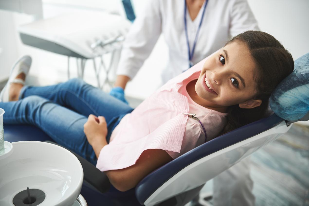 Dlaczego fluoryzacja jest dobra dla zębów?